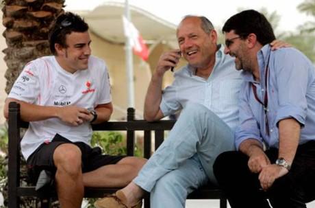 Fernando Alonso, Ron Dennis, Carlos Abbad, 2007