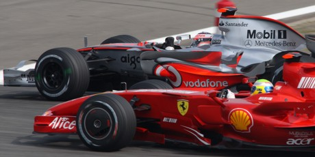 alonso-passes-massa.jpg