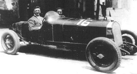 enzo-ferrari-alfa-romeo-1929.jpg