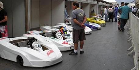 25 chassis de kart para o museo