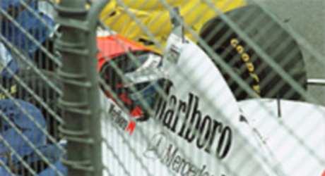 Mika Häkkinen is knocked unscious, Adelaide 1995
